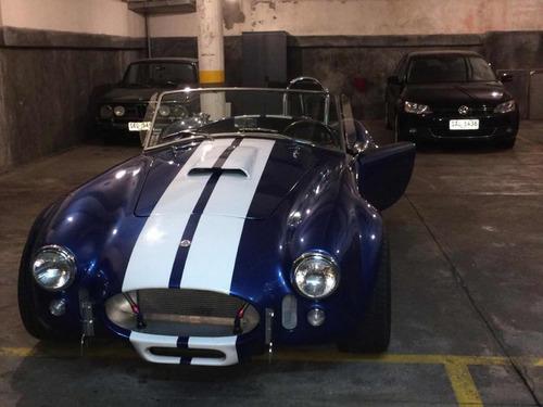 ford ac cobra - replica
