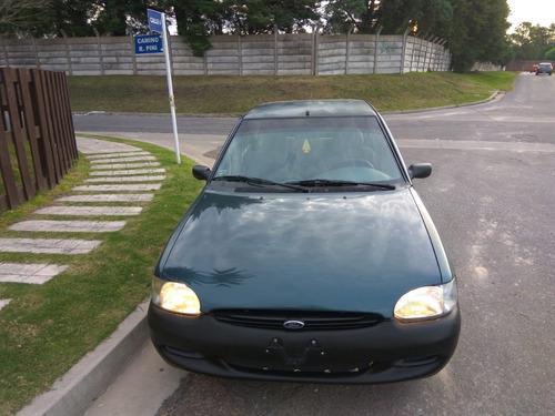 ford escort 1.8 lx aa plus