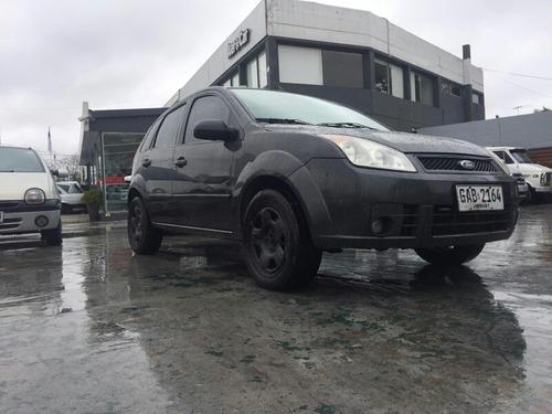 ford fiesta hatch 1.6 aerocar retira con usd 4500 mas cuotas