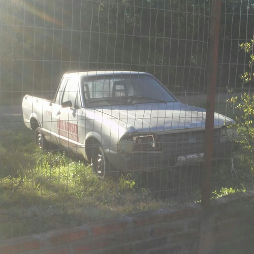 ford pick-up 1.6 naftera con 5ta