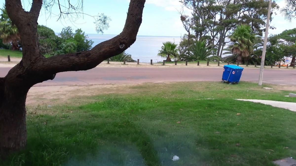 frente a la playa de atlántida u$s 85 x dia, hermosa vista