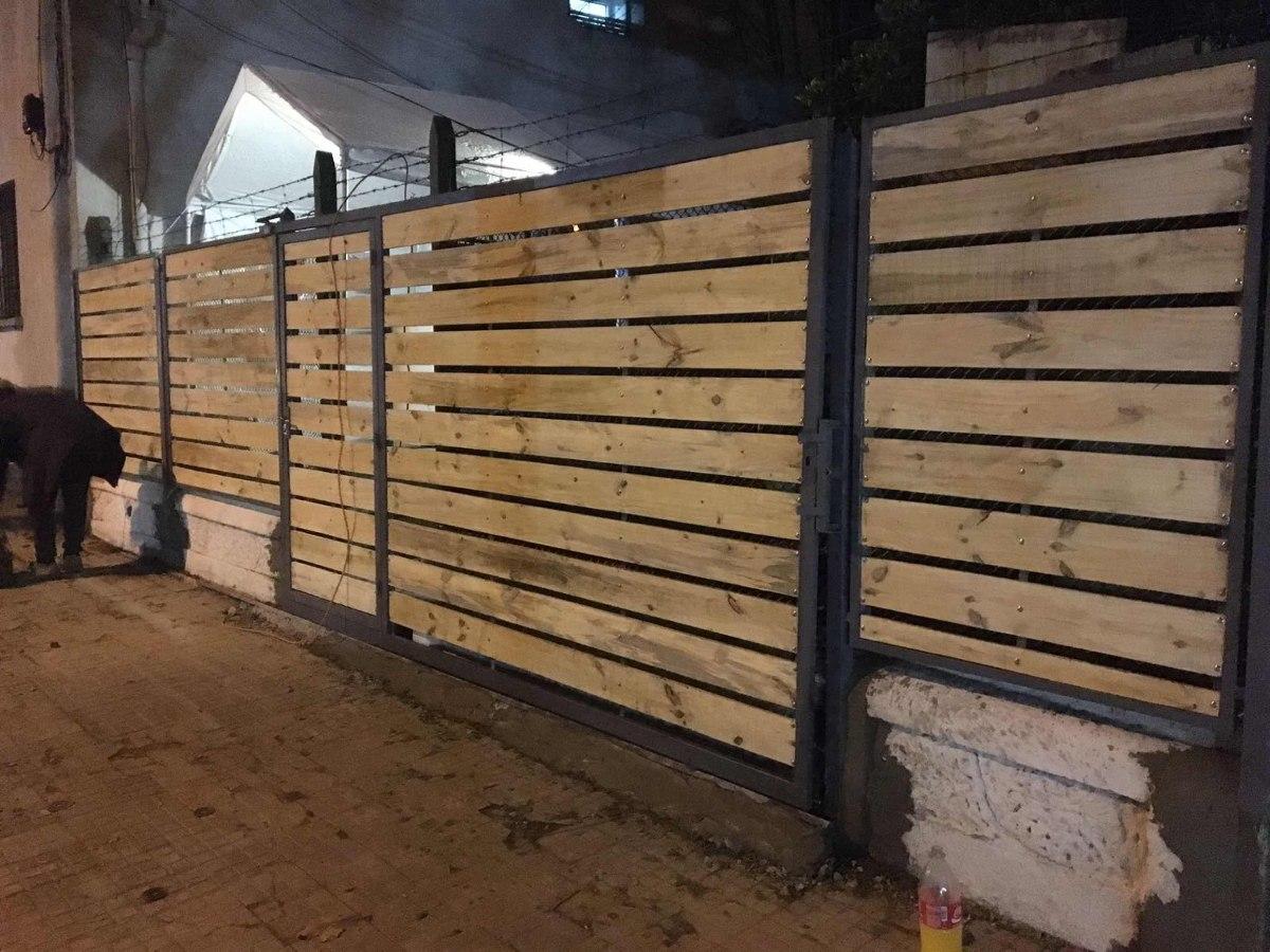 Frentes hierro madera rejas puertas ventanas todo a medida 102 00 en mercado libre - Rejas de madera ...