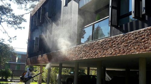 fumigaciones y control de todo tipo de plagas