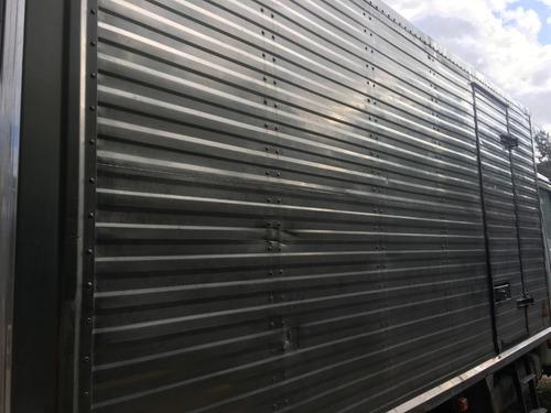 furgón acero inoxidable