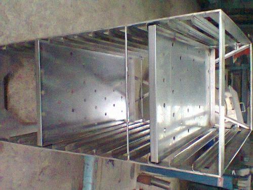 gavillares o estanterias de acero inoxidable con ruedas