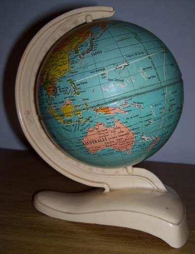 globo terraqueo pequeño
