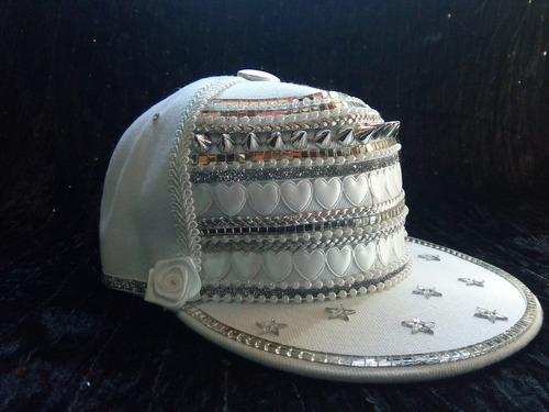 gorra blanca apliques especial casamiento - cumpleaños de 15