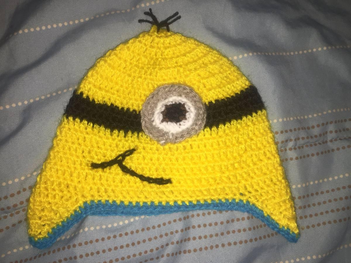 a43534a4736fb gorro de minions de lana a crochet hecha a mano. Cargando zoom.