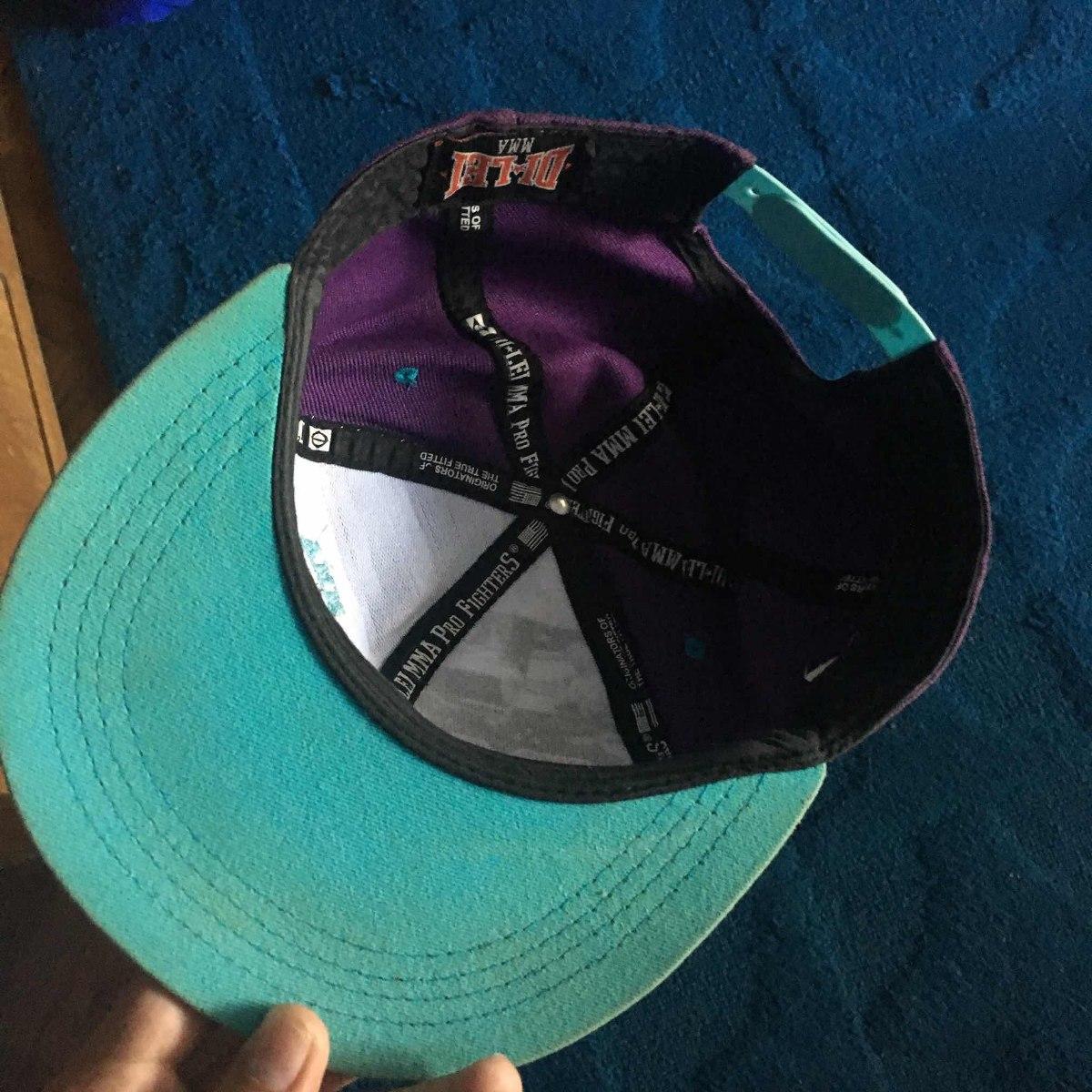 bcad57c5ea78d gorro visera plana violeta original. 2 Fotos