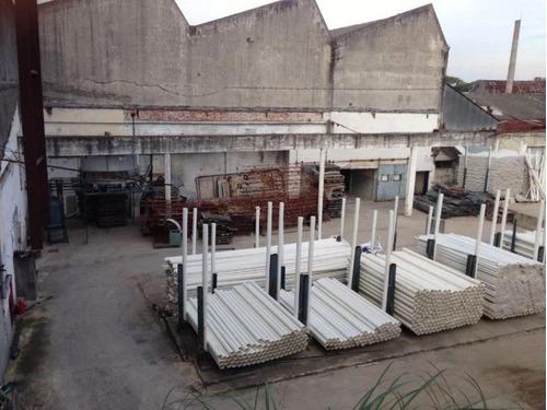 gran local sobre veracierto ideal logistica, industria y depósito. proximo terminal de belloni.