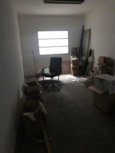 gran oficina en ciudad vieja. 604m2. juan carlos gómez