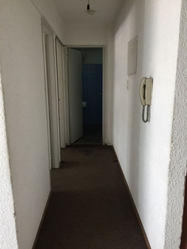 gran oportunidad, 2 dormitorios, bien ubicado, centro!!