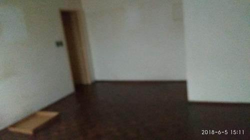 gran oportunidad, 2 dormitorios, con patio, centro!!