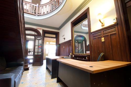 gran oportunidad en alquiler, 1446 m2 construidos, consulte