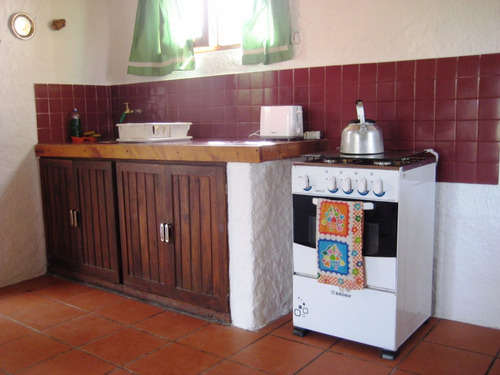 guyunusa muy buena y confortable casa a 180 mts de la playa.