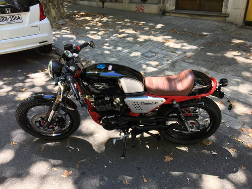 hanway blackcafe 150cc, como nueva.