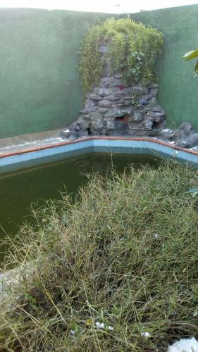 hermosa casa céntrica para venta o permuta con   piscina