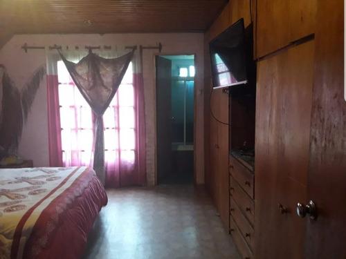 hermosa casa de 3 dormitorios en solymar