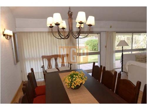 hermosa casa decorada bien de playa  - ref: 22381