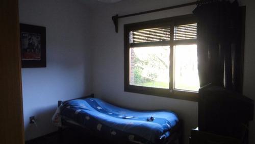 hermosa casa en esquina a 4 cuadras de la playa 3 dorm