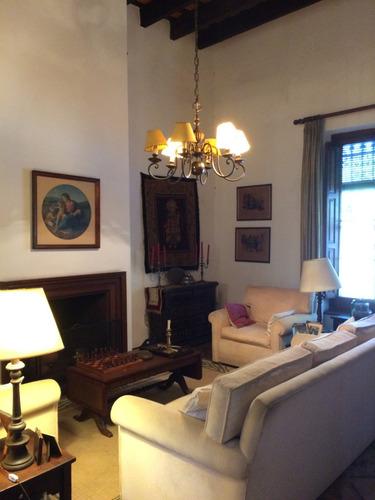hermosa propiedad próx. pza. atahualpa 1
