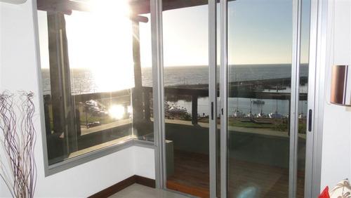 hermosa vista frente al mar