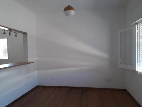 hermosa y única  casa de 2 dorm en la blanqueada