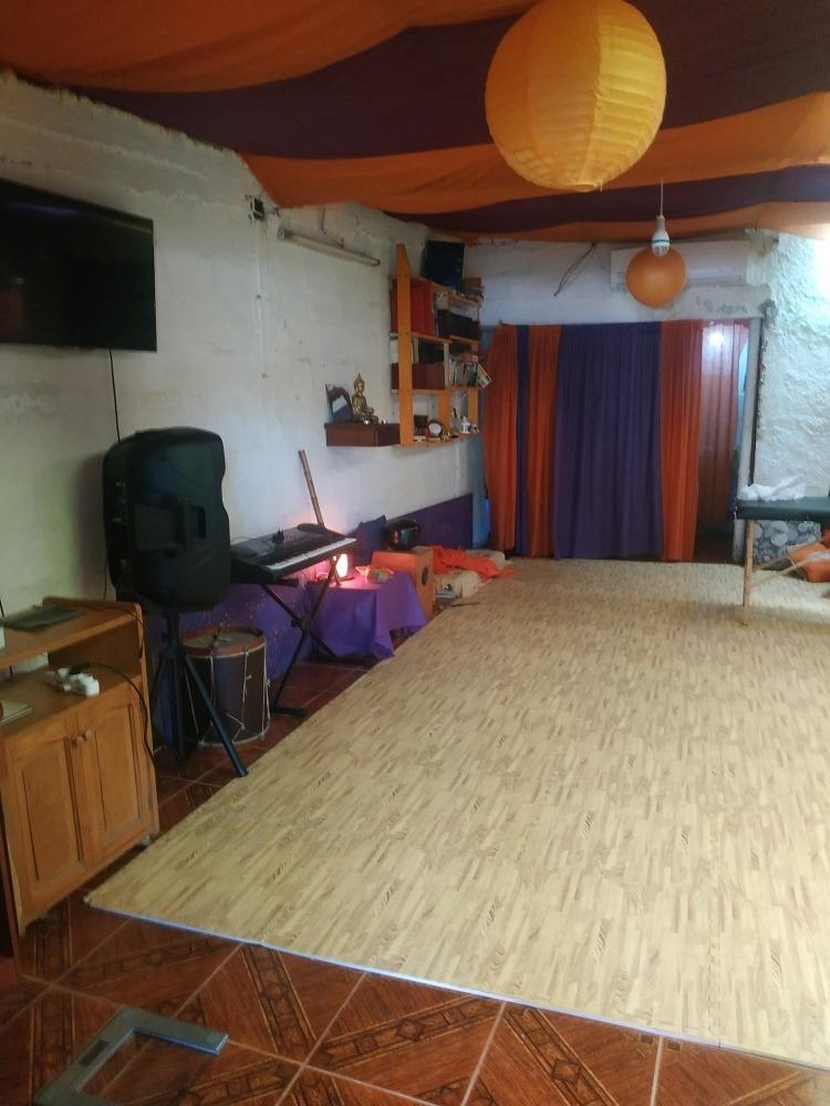 hermoso espacio de 70 mts2  para local, vivienda o ambos