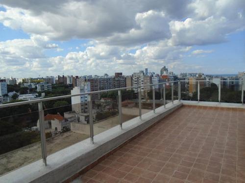 hermoso penthouse! amplio, vista muy despejada, g.c: $ 12500