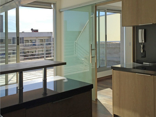 hermoso penthouse con vistas liberadas