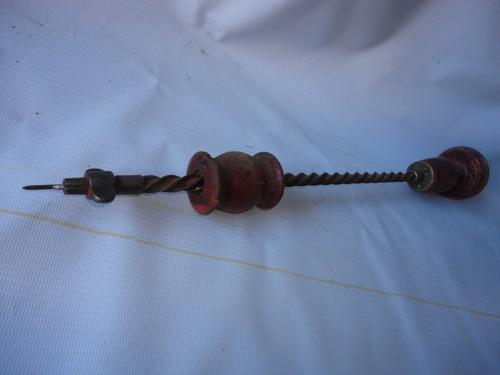 herramienta antigua taladro esta funcionando , ,  consulte -