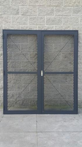 herreria herrero porton corredizo reja  puerta concertina