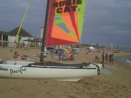 hobie cat pacific 2011 - excelente catamaran