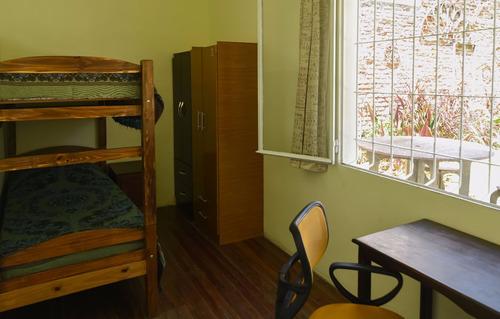 hogar, residencia estudiantil