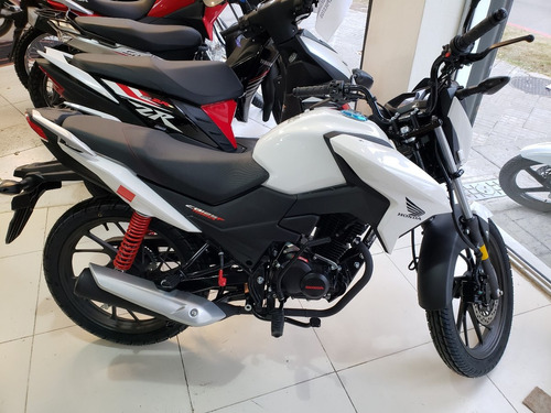 honda cb125f twister - 100% financiada - permutas - bike up
