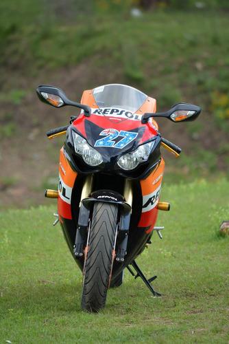 honda cbr 1000rr repsol 2011 con 9665km (estado nuevo)
