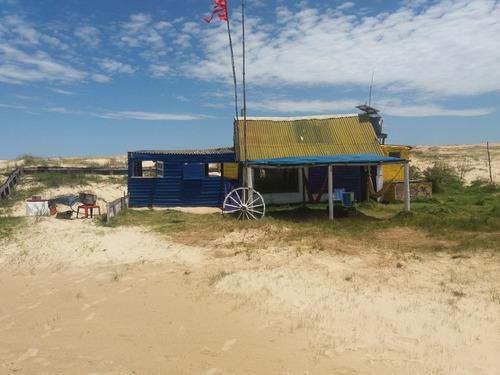 hostal en la playa cabo polonio
