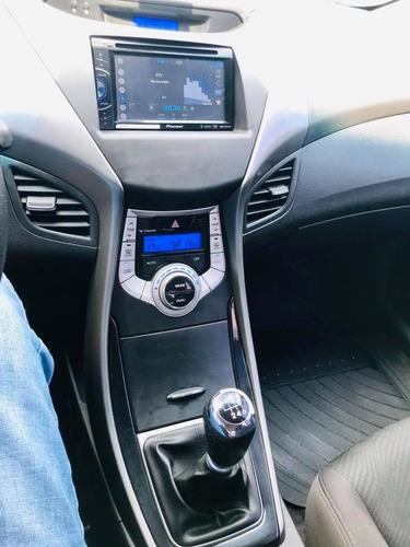 hyundai elantra 1.8 gls 6mt seguridad premium u$s14.000 y cu
