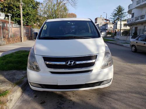 hyundai h1 2.5 premium 1 mt 2011
