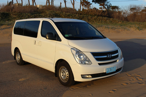 hyundai h1 2.5 wagon 12-p mt plus