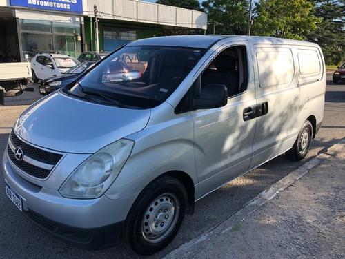 hyundai h1  furgon 2.400 cc. año 2009 - 163.000 kmts.