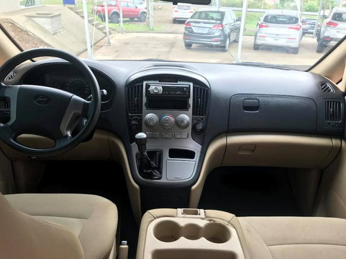 hyundai h1 minibus diesel