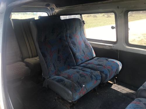 hyundai h100 2.5 12 pas spr minibus 2000
