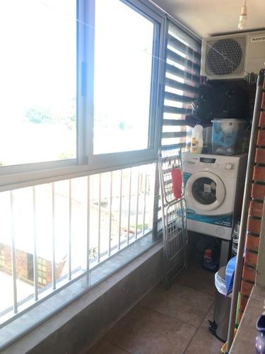 impecable apartamento 2 dorm y gge.