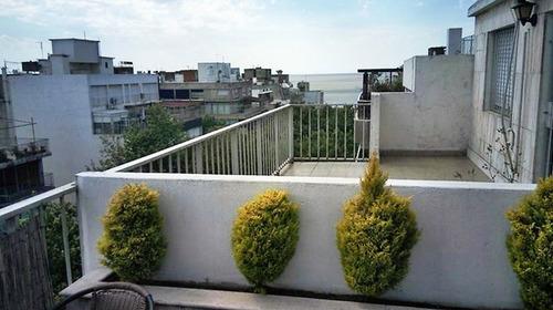 impecable con terraza y dos garages