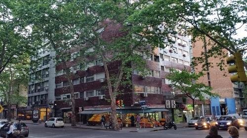 imperdible 2 dormitorios en centro con terraza-lav!!