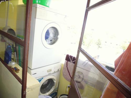 imperdible!! a 50m de monte caseros cochera terraza lavadero