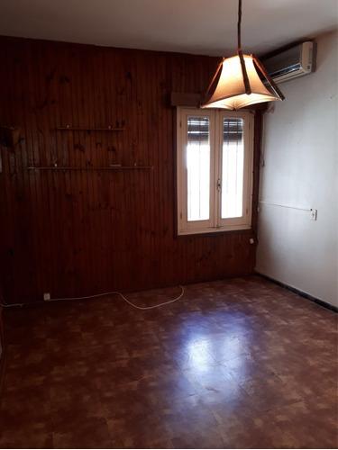imperdible av italia y propios, dos dormitorios!!!