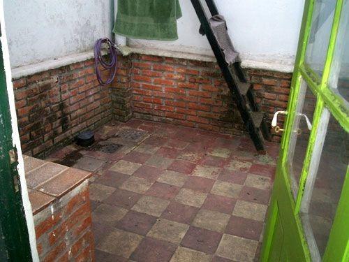 interior, por corredor abierto, con patio, sin gtos comunes.
