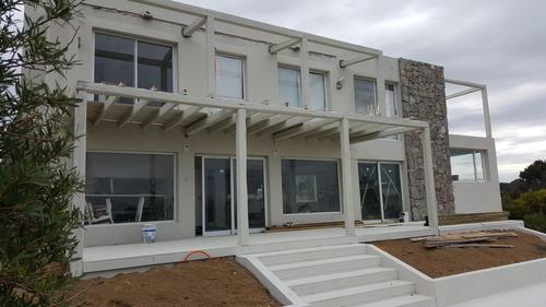isopanel 32 m2 u$ 15.500.en concrespuma 60m2 por u$ 29.300